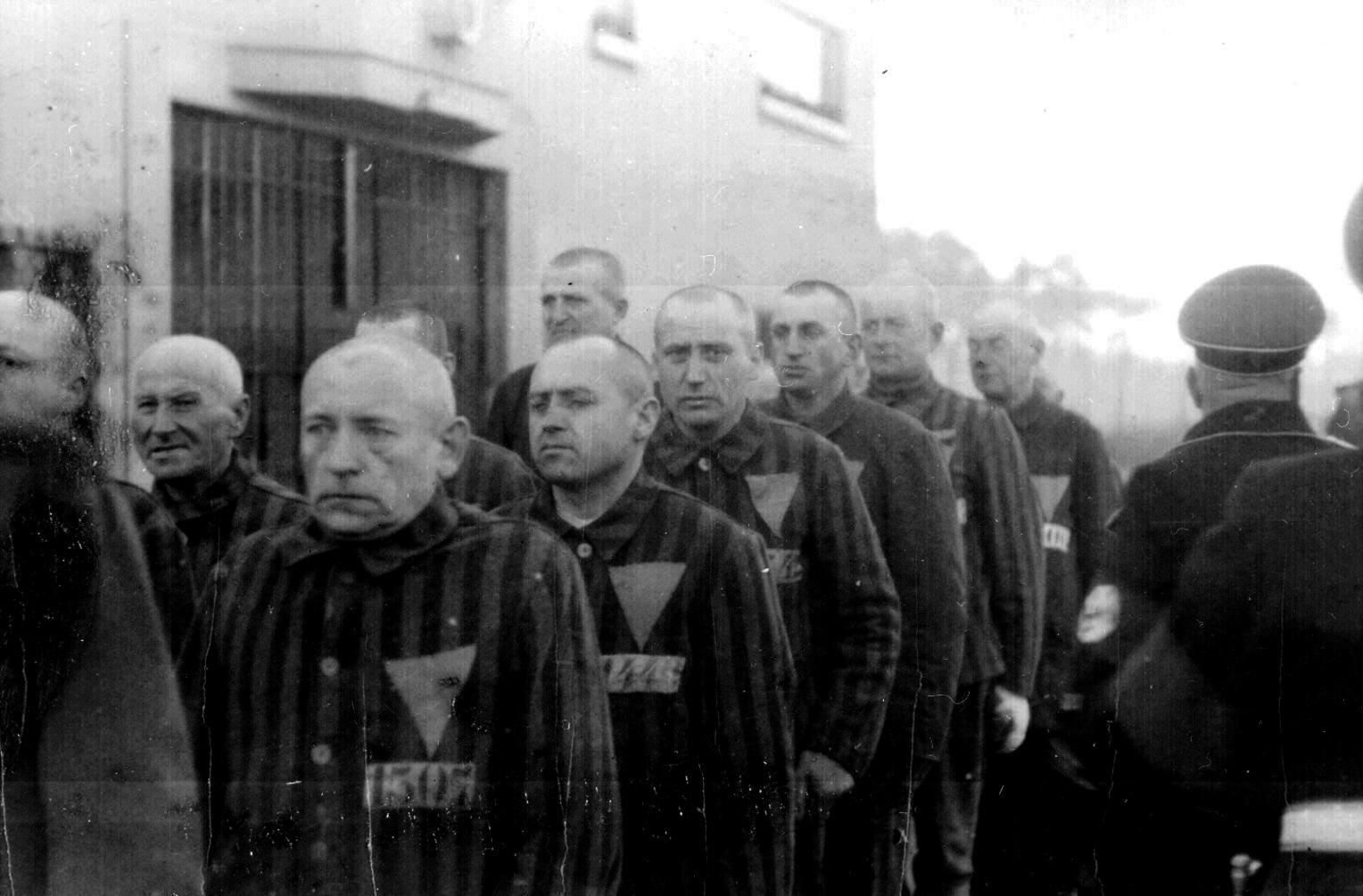 NA_1938_prisoners_Sachenhausen